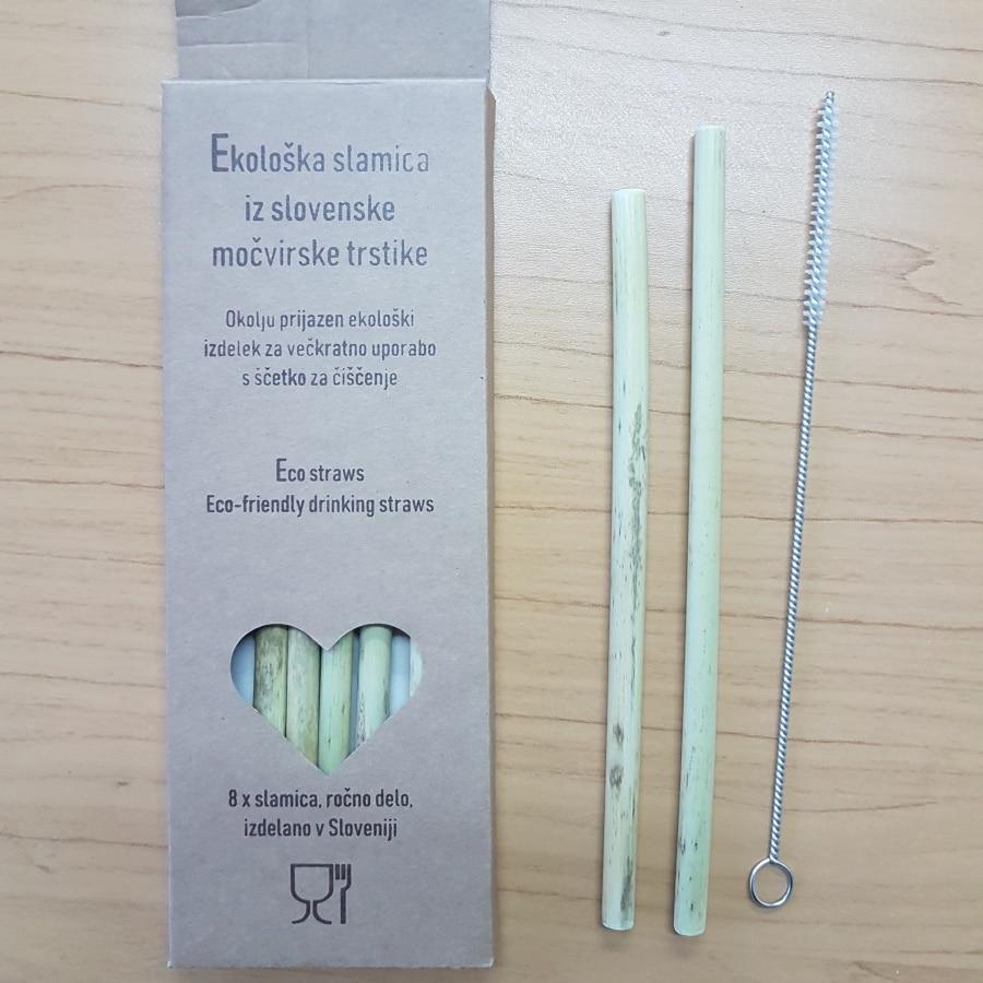 SLOVENSKE slamice iz močvirske trstike